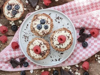 Haferflocken Muffins mit Beeren 3 1200x900