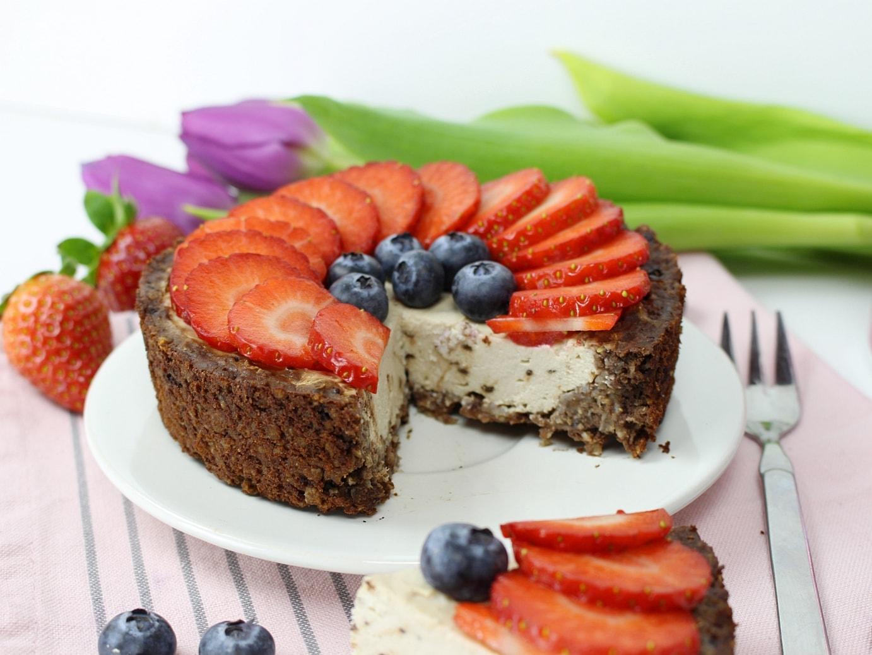 Protein, Frühstückskuchen, Rocka, Nutrition, Smacktastic, Erdbeeren, Heidelbeeren, Rezept, Blaubeeren, Himbeere, Eiweiß, Kuchen,