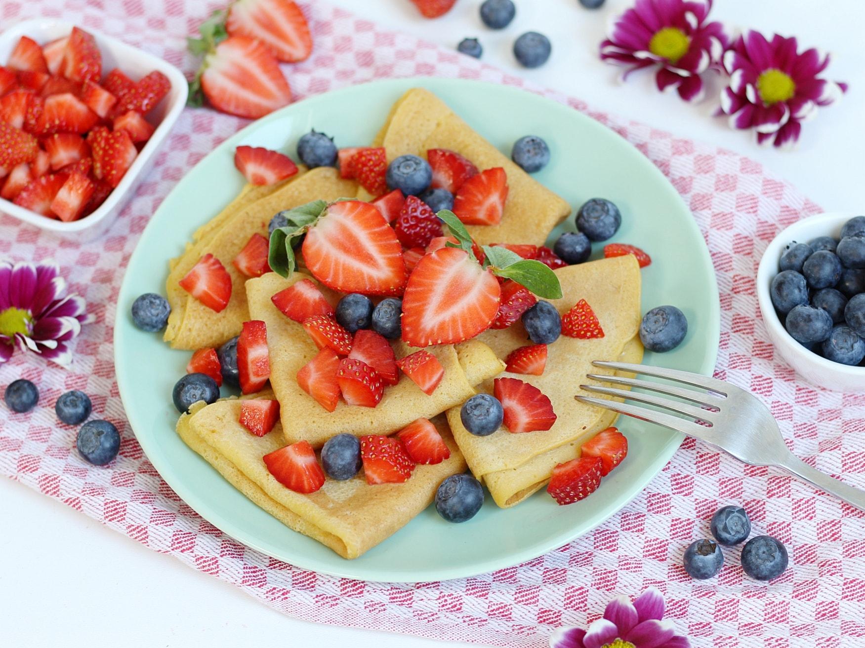 Vanille Crêpes, Crepes, Erdbeeren, Heidelbeeren, Smacktastic, Blaubeeren